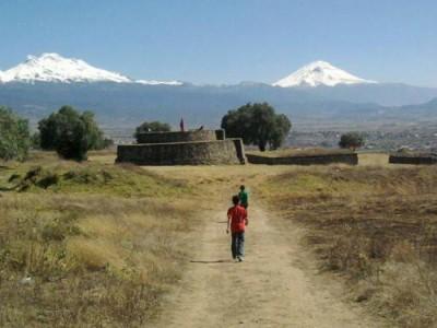 Camino hacia los volcanes